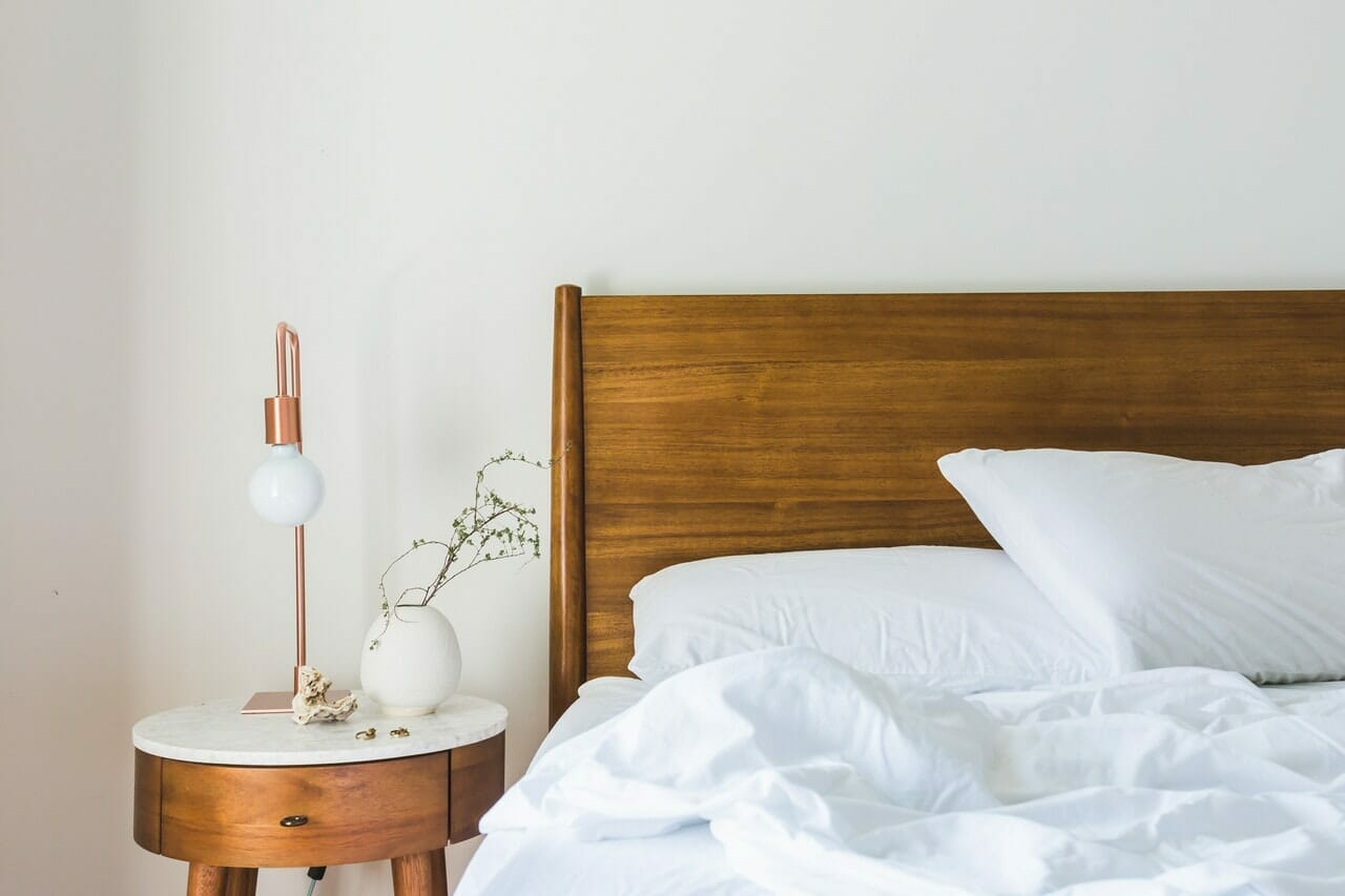 airbnb host checklist, airbnb checklist airbnb cleaning checklist, checklist for vacation rental property, preparing house for rent checklist, bedroom